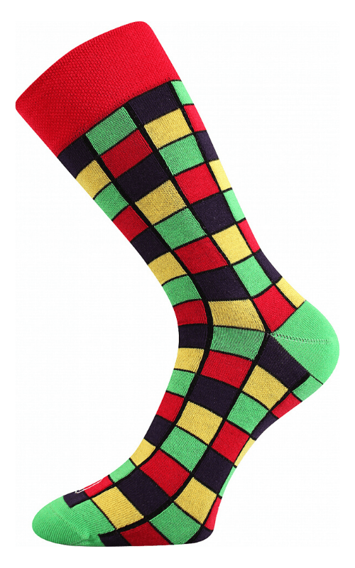 Bunte Socken mit Würfelmuster in Wien