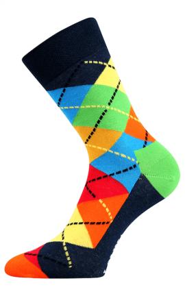 Bunte Socken mit spielerischen Farben