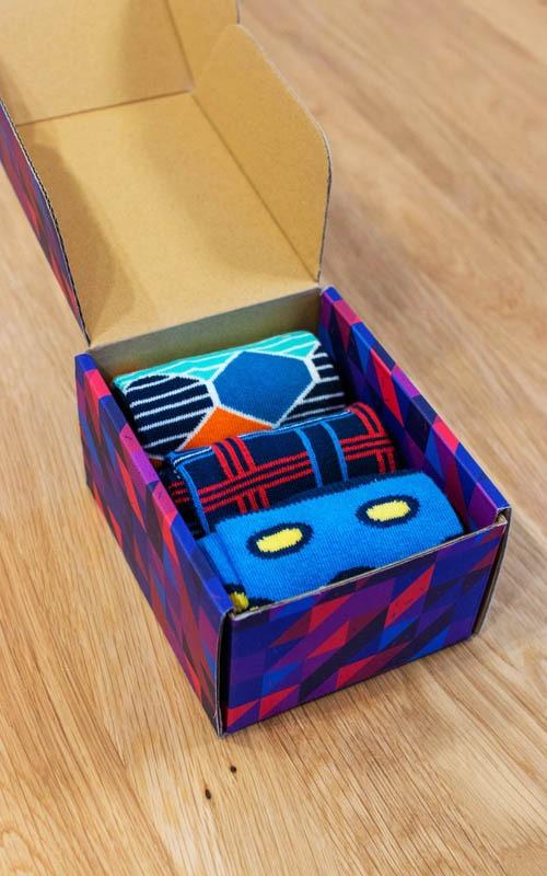 Geschenkbox fuer bunte Socken