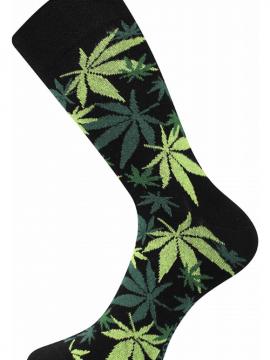 Bunte Socken mit Marihuana