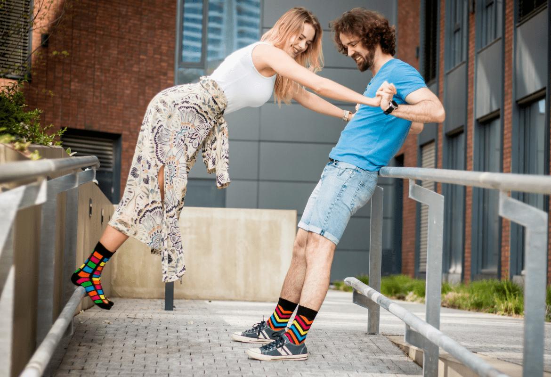 Socken mit frischen Designs und farbigen Akzenten in Stadt Wien